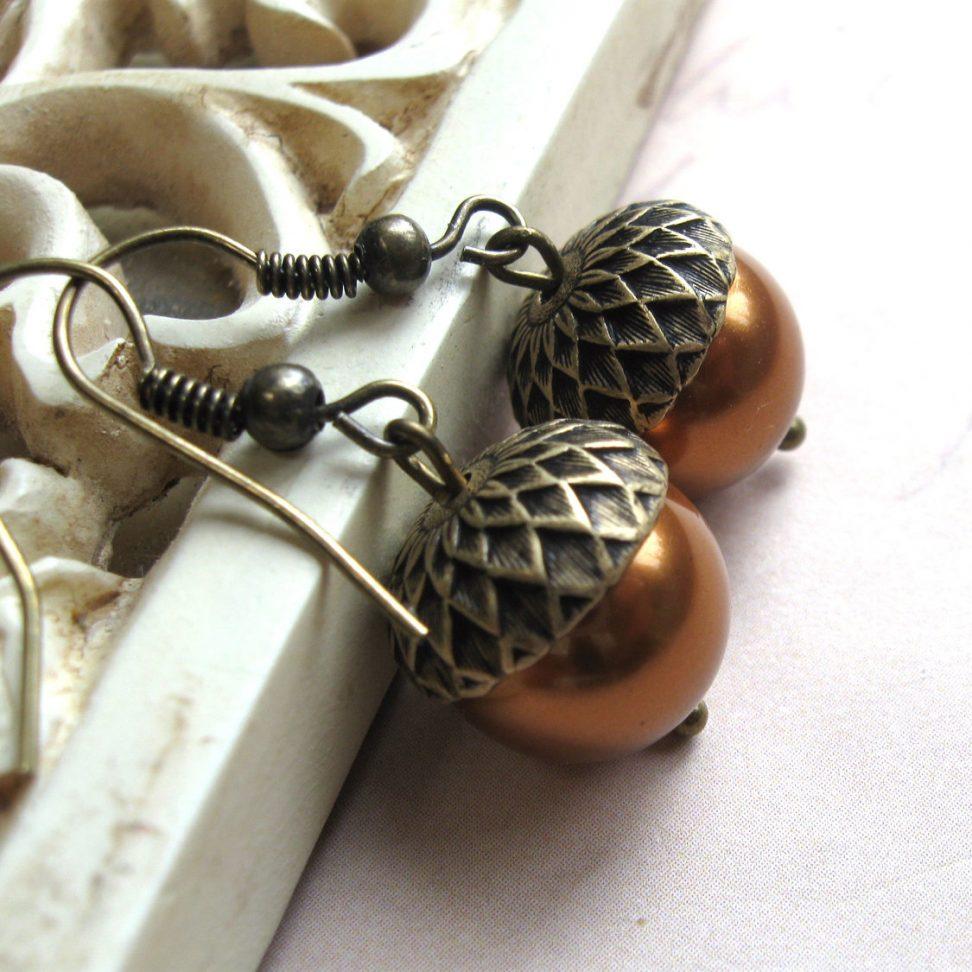 Acorn earrings, nature inspired, copper Swarovski pearls