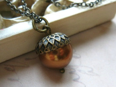 Acorn necklace with copper Swarovski pearl, nature jewelry