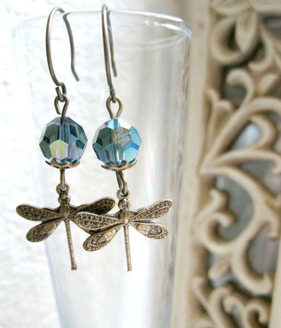Dragonfly dangle earrings, vintage style
