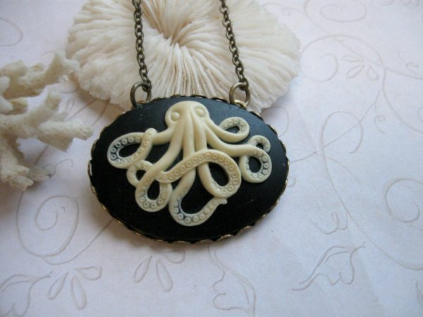 Octopus necklace, black cameo, brass chain