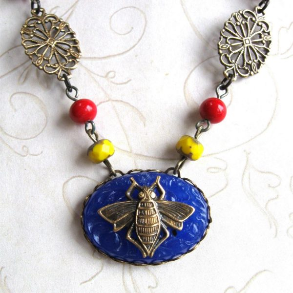 Vintage Bee Necklace - cobalt blue glass, rosary style