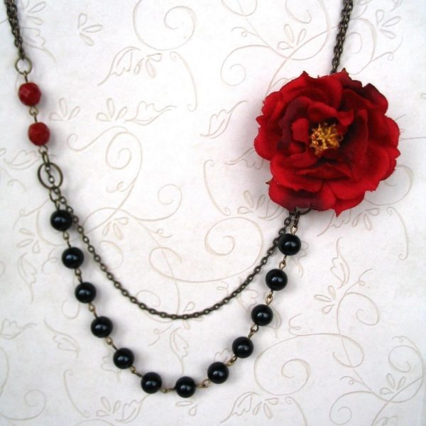 Vintage style red rose necklace, black glass beads, brass chain